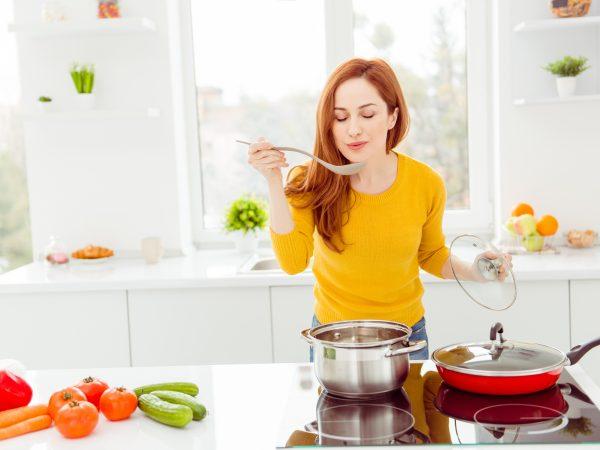 Dochádza  vám v zime energia? Pripravte  si misku výdatnej  zeleninovej  polievky!