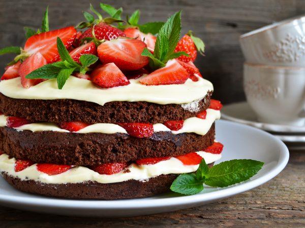 Ovocie a zelenina v hlavnej úlohe: Ako upiecť tú najlepšiu tortu?